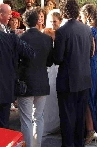 giorgia surina nozze Giorgia Surina e Nicolas Vaporidis le foto del matrimonio a Mikonos
